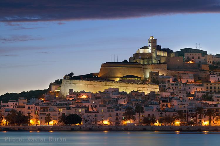 El barrio de Dalt Vila de Ibiza está de moda Playas del mundo