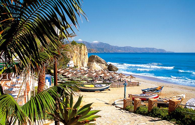 playas nerja espana
