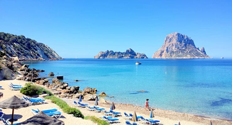 Empresario registra Ibiza Shore para evitar programas que afecten la isla