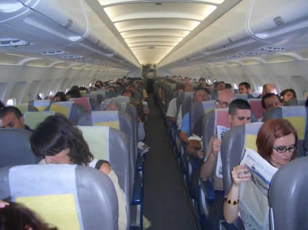 Consejos para resistir un vuelo largo y agotador Playas del mundo