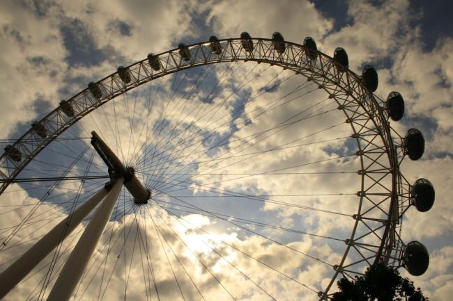 Un estudio revela las horas que perdemos esperando colas en nuestros viajes... y te va a sorprender la cifra